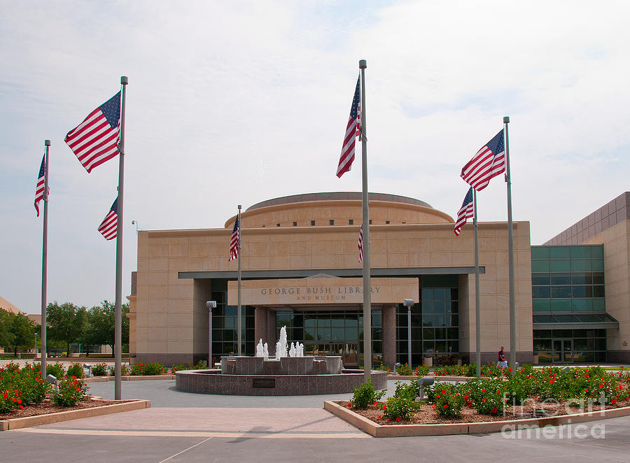 George Bush Presidential Library Photograph - George Bush Presidential Library by Mae Wertz