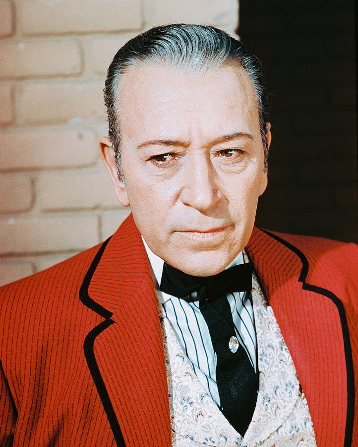 George Raft Photograph - George Raft by Silver Screen