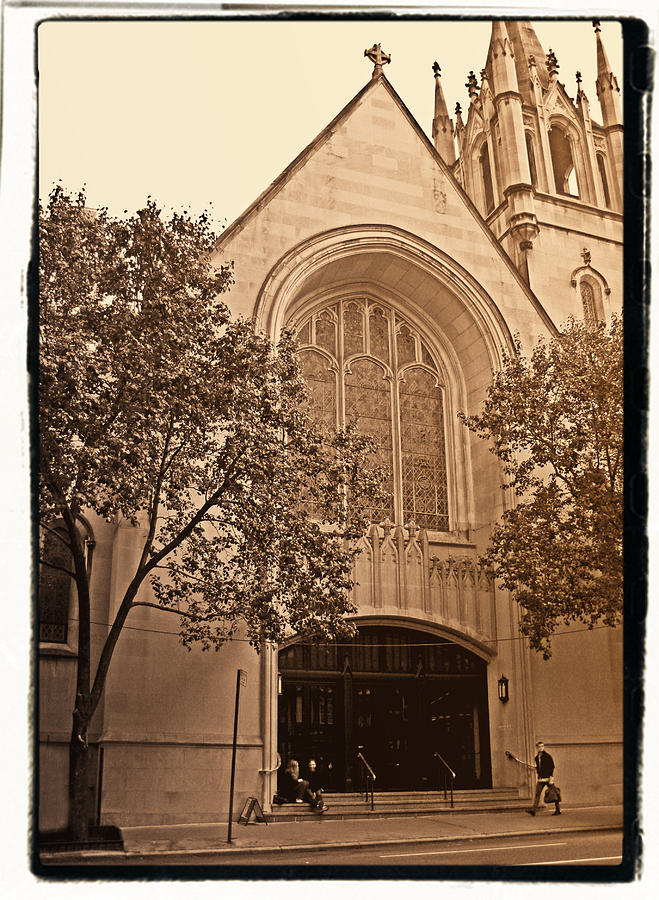 New York Photograph - Get Me To The Church by Donna Blackhall