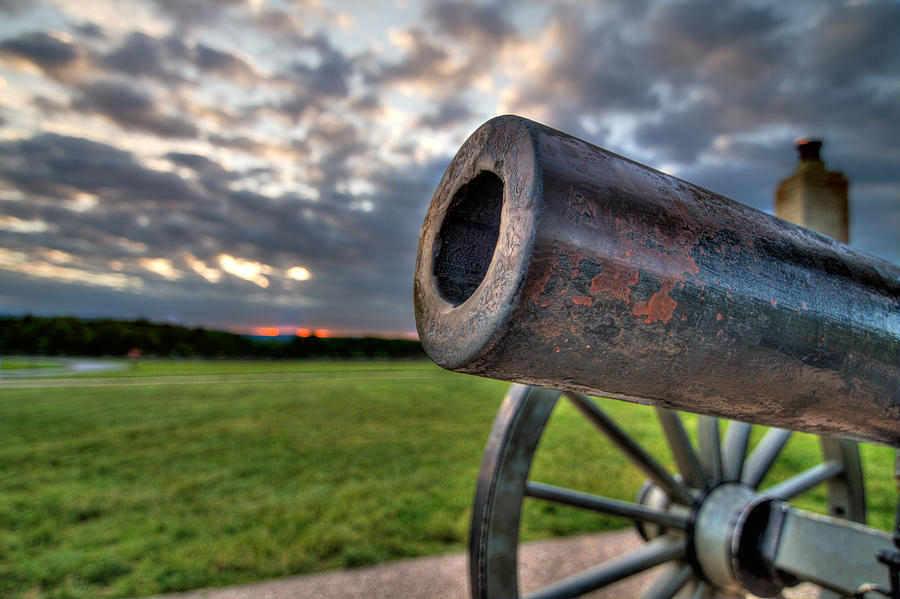 Abraham Photograph - Gettysburg Canon Closeup by Andres Leon