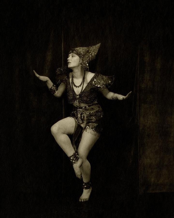 Gilda Gray In Character As A Javanese Dancer Photograph by Edward Steichen