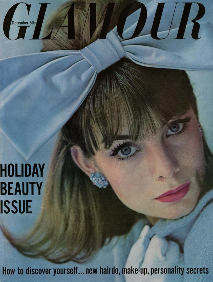Glamour Cover Featuring Jean Shrimpton Photograph by Sante Forlano