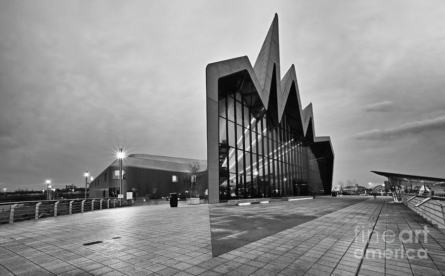 Glasgow Riverside Museum Photograph - Glasgow Riverside Transport Museum by Maria Gaellman