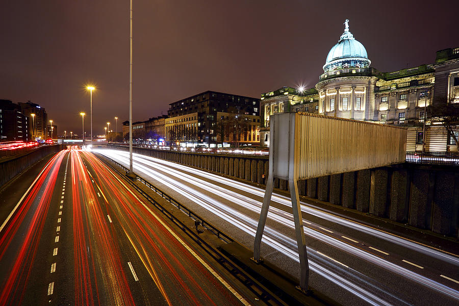 Glasgow Photograph - Glasgow Rush Hour by Grant Glendinning