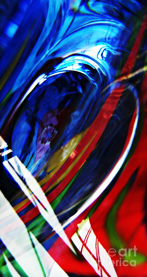 Abstract Photograph - Glass Abstract 293 by Sarah Loft