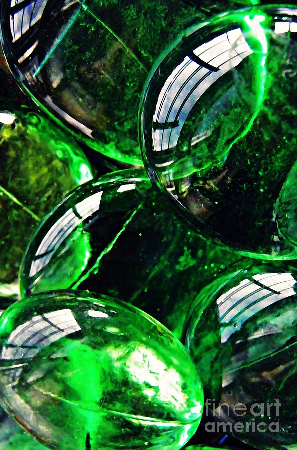 Abstract Photograph - Glass Abstract 48 by Sarah Loft