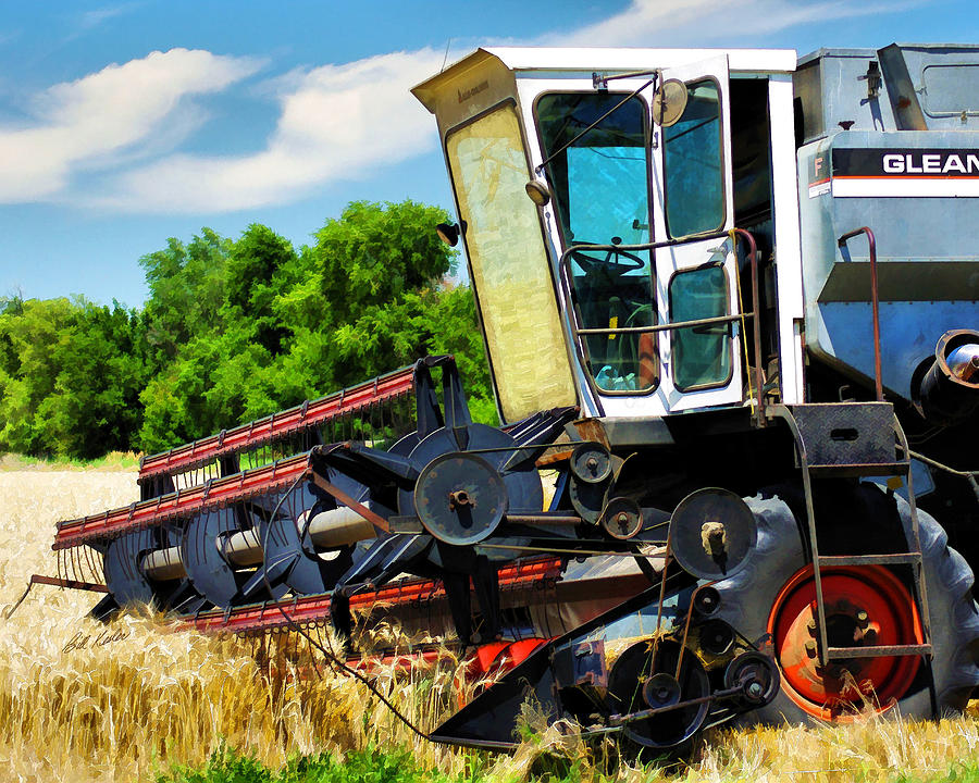 Gleaner F Combine Photograph by Bill Kesler