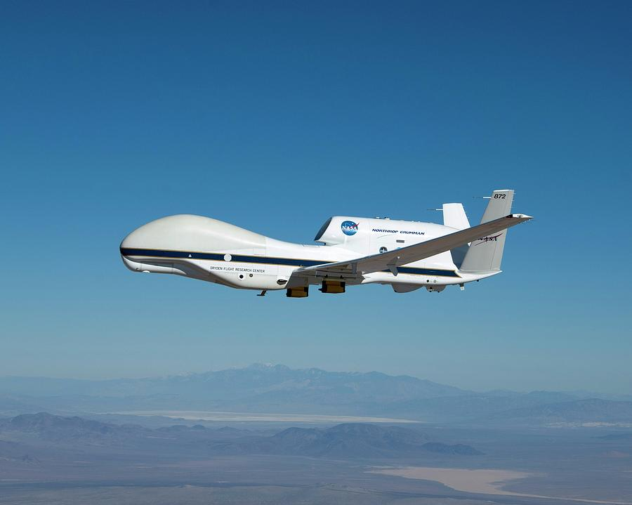 Unmanned aerial vehicle to provide battlefield ...  Unmanned Aircraft Vehicle