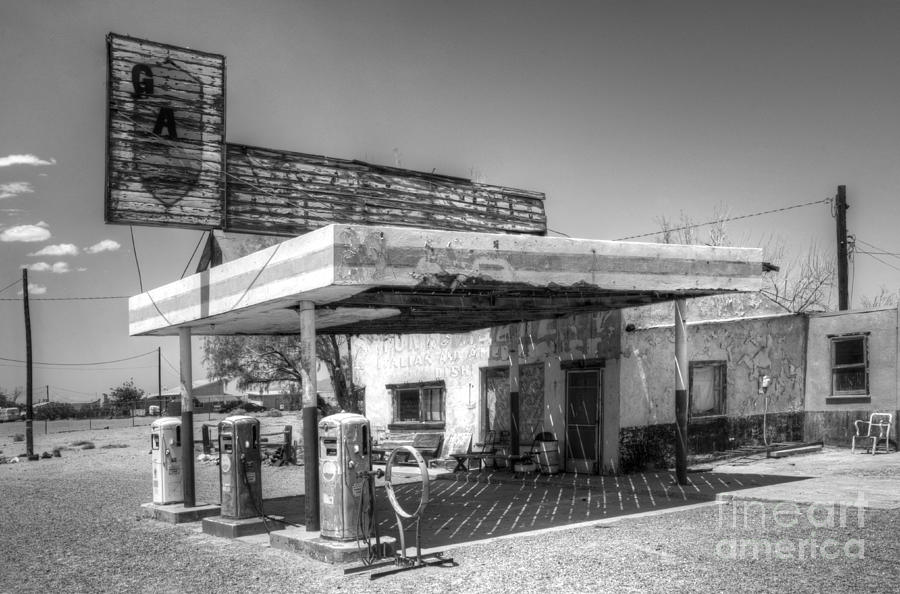 Gas station photograph glory days of route 66 by bob christopher