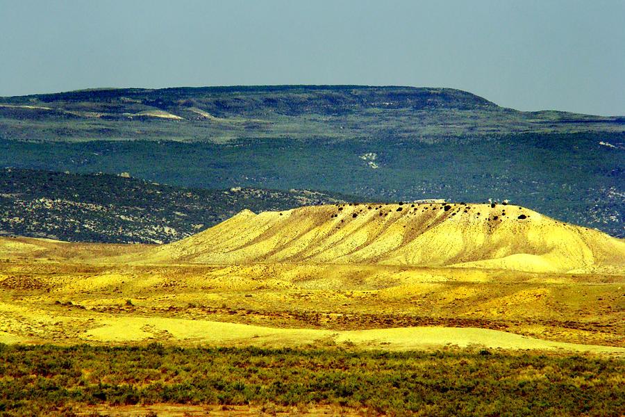 Landscape Photograph - Glowing Mesa by Eva Kato