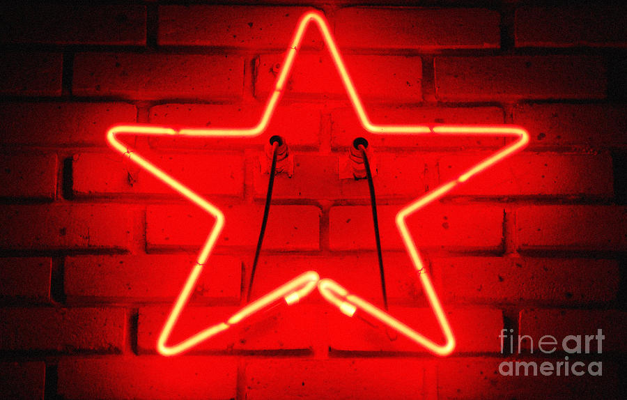 Glowing Red Neon Star Shaped Tavern Wall Decor Diffuse Glow Digital