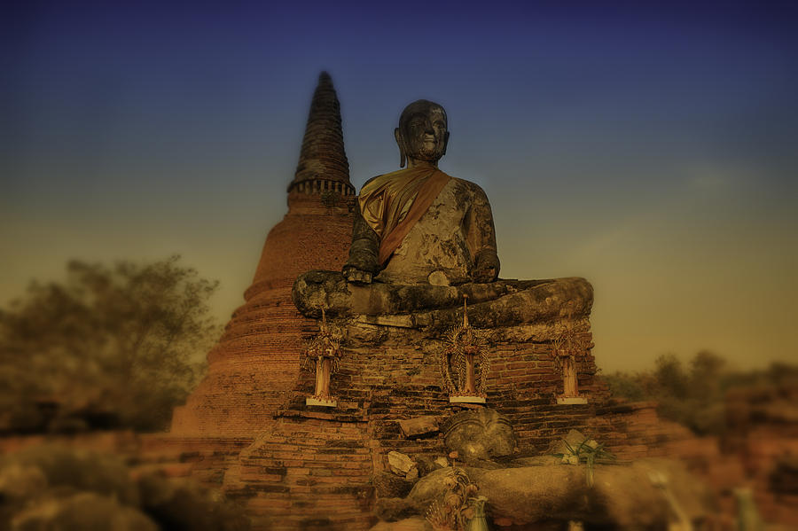 Spirituality Photograph - Golden Ayuthaya by David Longstreath
