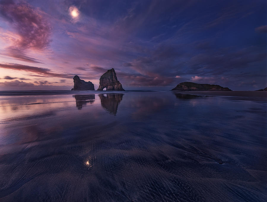 Golden Bay When Night Falls Photograph by Yan Zhang