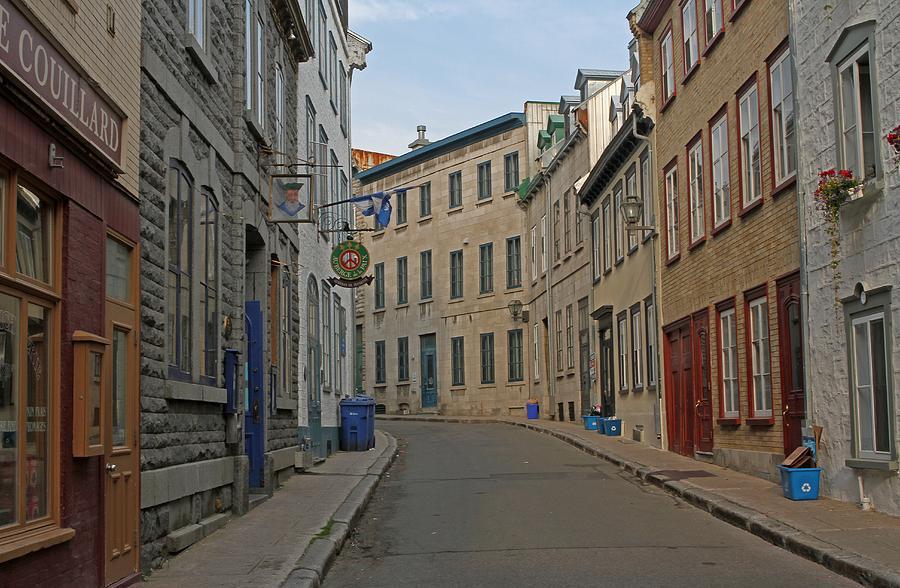 Rue Couillard Photograph - Golden Morning Light Painting Rue Couillard  by Juergen Roth