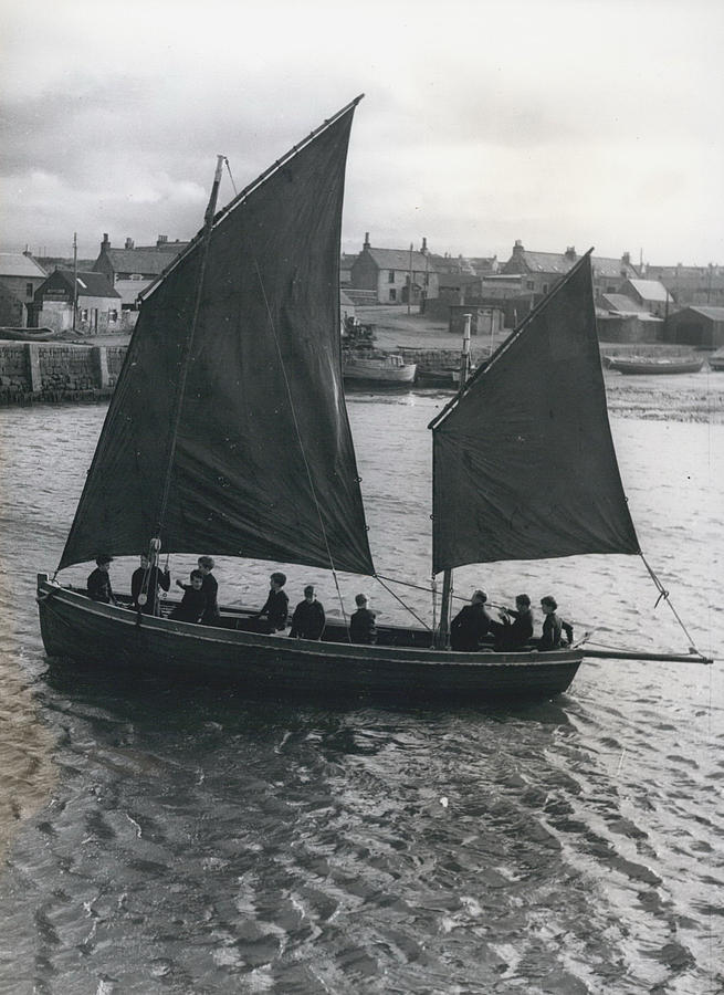 Retro Photograph - Gordonsrtoun School Seamanship Has An Important Place In by Retro Images Archive