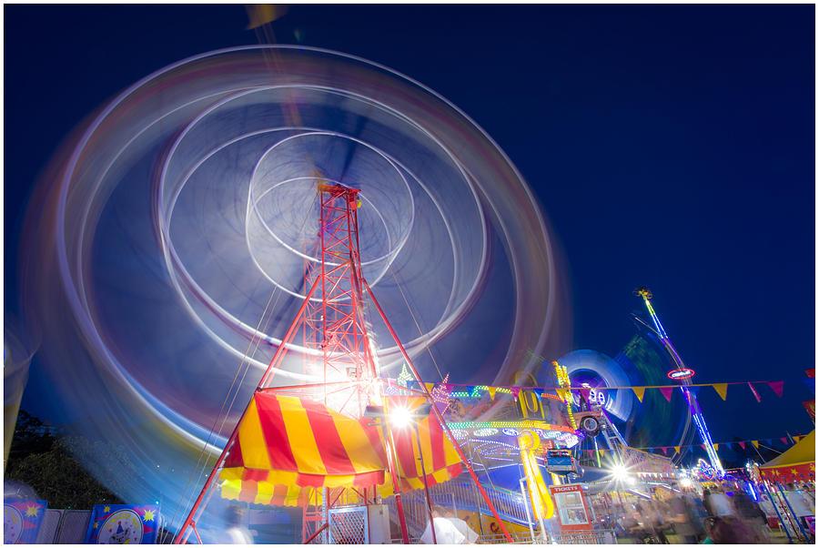 Funfair Photograph - Gosford Ferris Wheel by Steve Caldwell