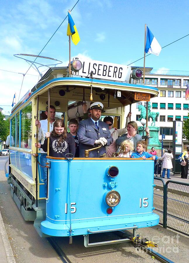 Gothenburg Photograph - Gothenburg Vintage Tram by Leif Sodergren