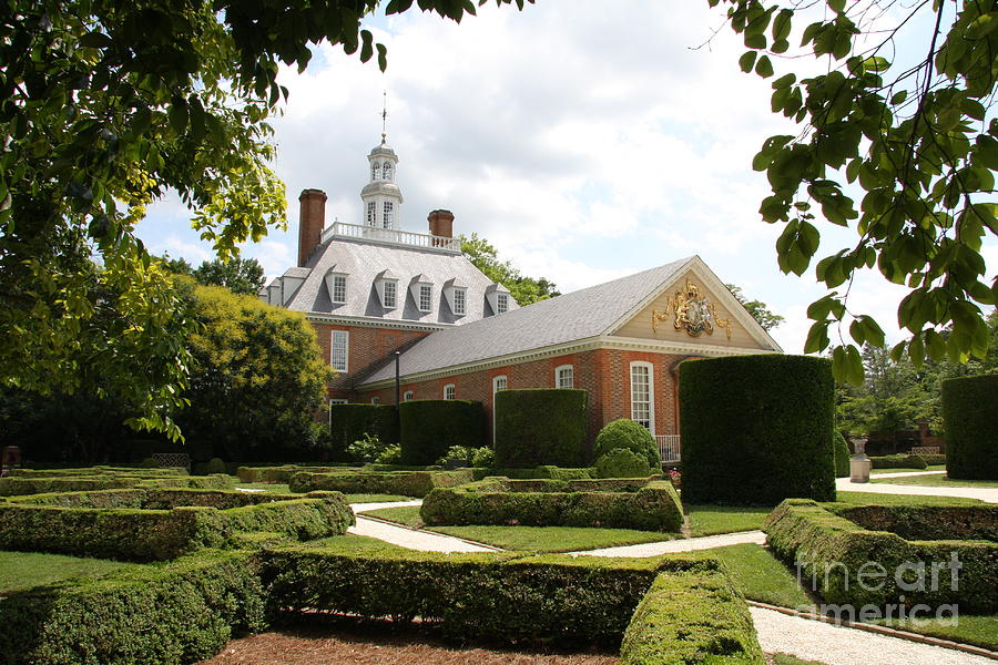 Governer Photograph - Governers Palace Garden Colonial Williamsburg Va by Christiane Schulze Art And Photography