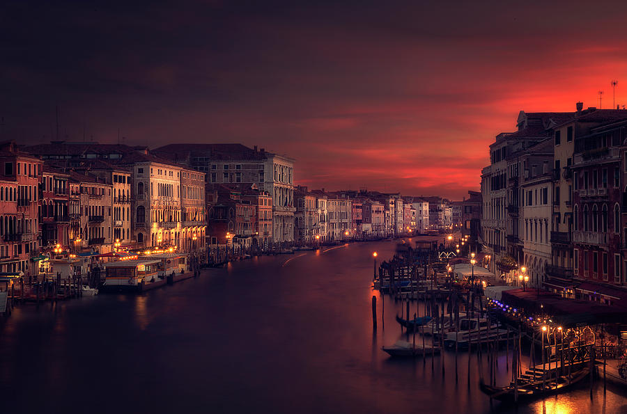 Venice Photograph - Gran Canal by Jose Garcia
