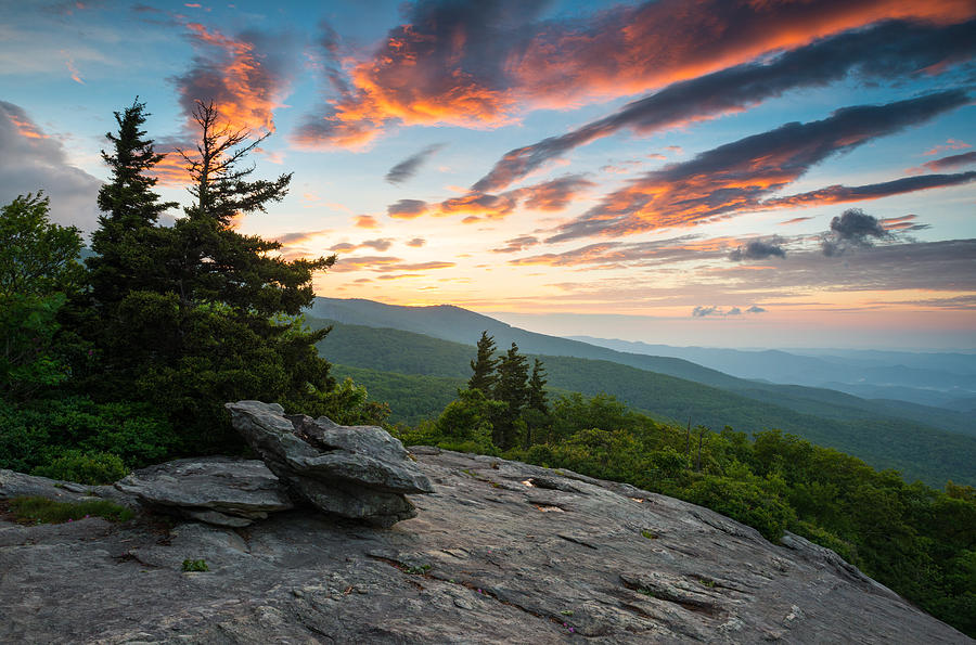 North Carolina Photograph - Grandfather Mountain Blue Ridge Parkway Nc Beacon Heights At Sunrise by Dave Allen