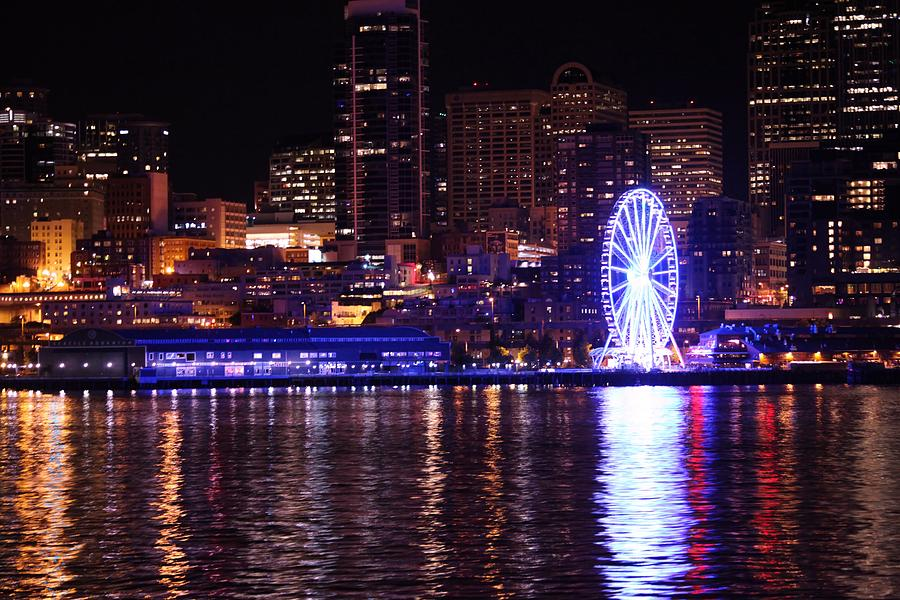 Great Wheel In Seattle Photograph by Donald Torgerson