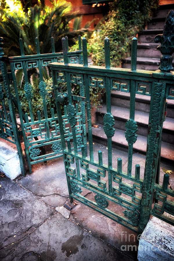 Green Gate Photograph - Green Gate Of Savannah by John Rizzuto