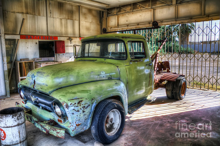 Green Photograph - Green Tow Mater by Eddie Yerkish