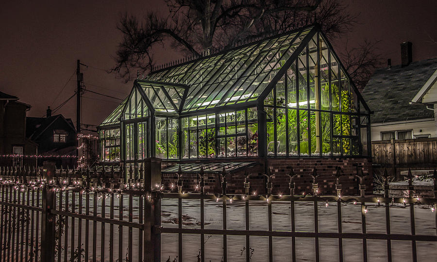 Phenomenal Greenhouse In Winter 2 Home Interior And Landscaping Mentranervesignezvosmurscom