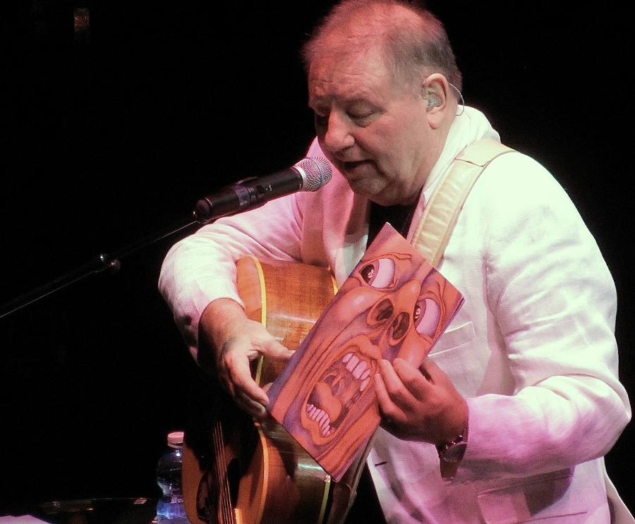 Greg Lake On Tour