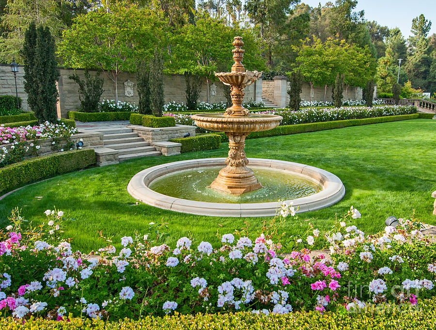Greystone Mansion Photograph - Greystone Fountain - Greystone Mansion in Beverly Hills with a fountain and garden. by Jamie Pham