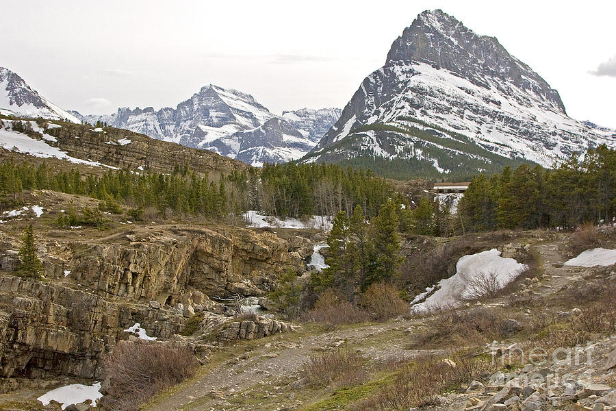 Glacier National Park Photograph - Grindle Mountain by Russell Christie
