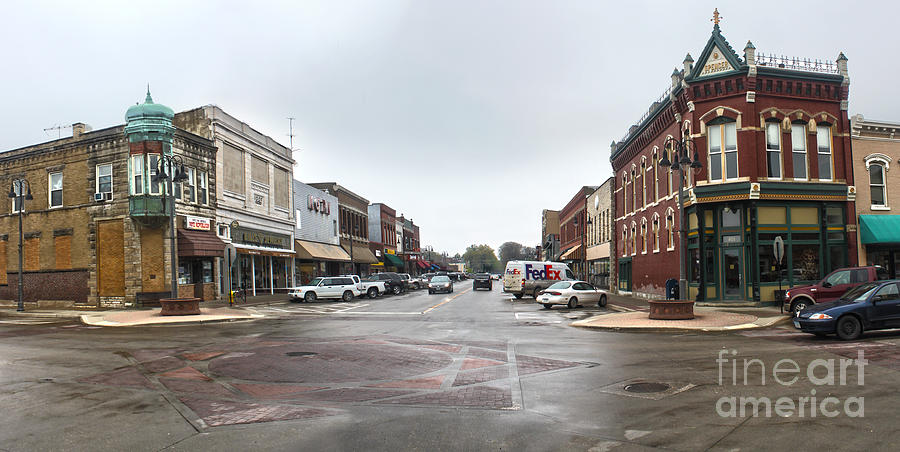 Grinnell Iowa Photograph - Grinnell Iowa - Downtown - 05 by Gregory Dyer