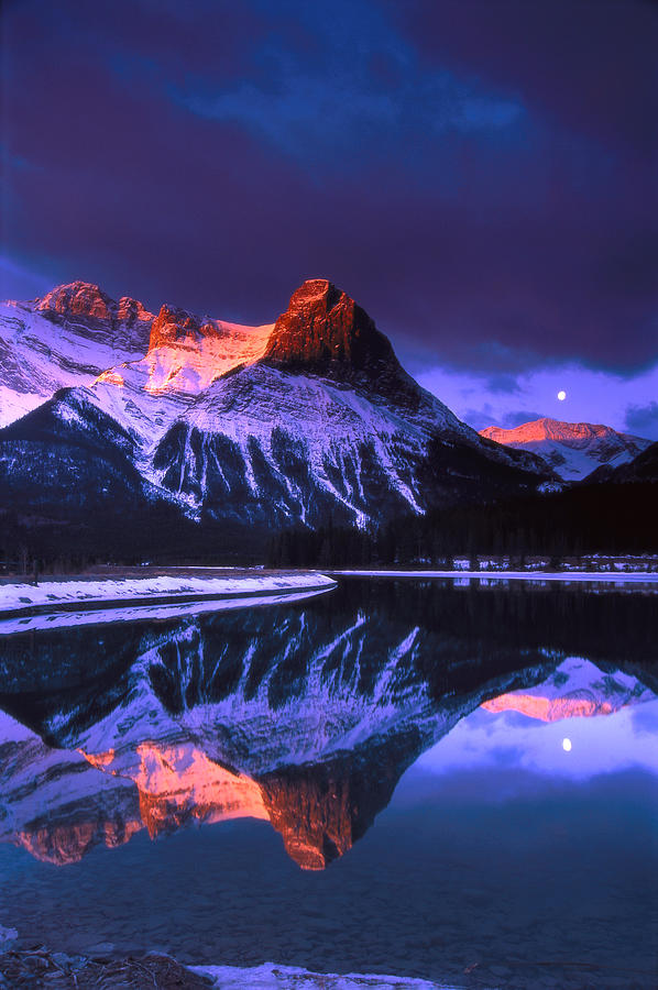 Canmore Photograph - Ha-ling Peak And Full Moon by Richard Berry