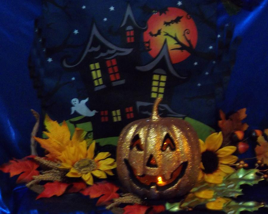 Haunted House Photograph - Halloween 2014 by Rosalie Klidies