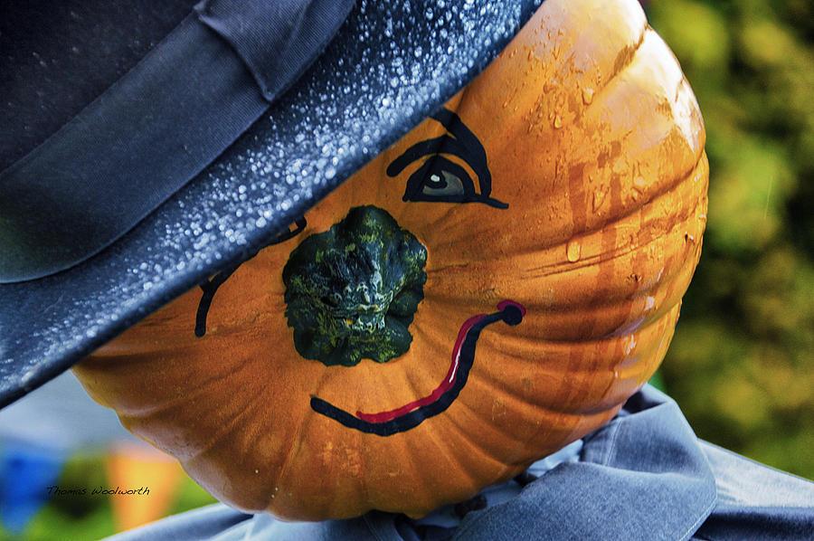 Halloween Photograph - Halloween Pumpkin 02 by Thomas Woolworth