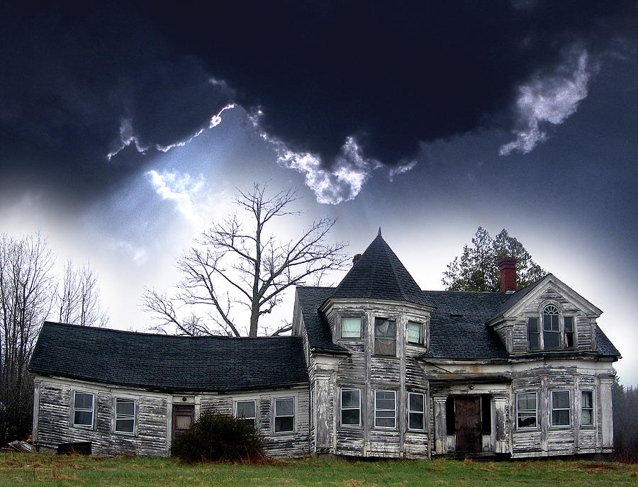House Photograph - Haloween House by Skip Willits