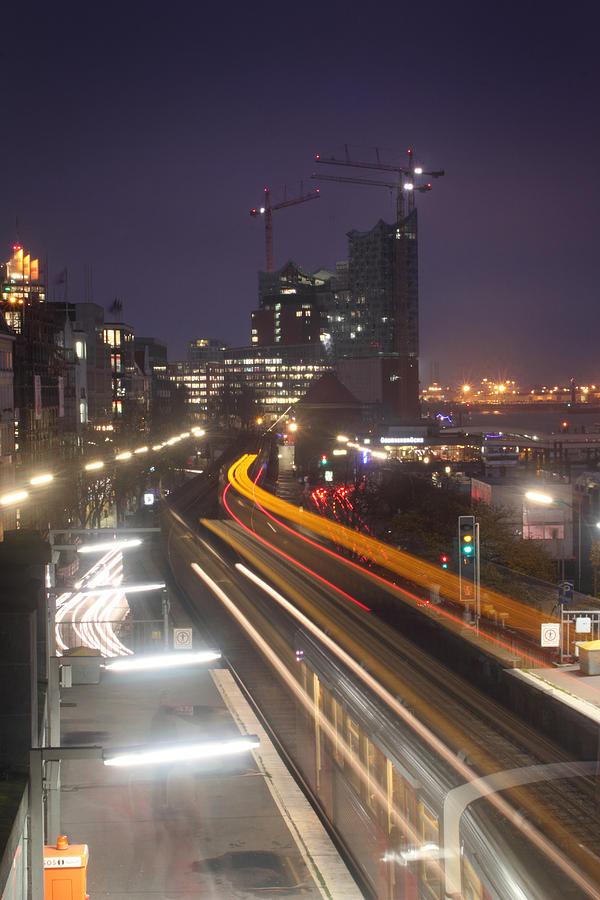Hamburg Photograph - Hamburg Trainstation by Marc Huebner