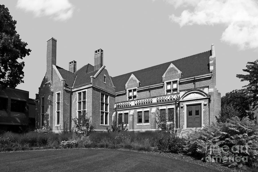 Alumni Center Photograph - Hamline University Giddens Alumni Center by University Icons