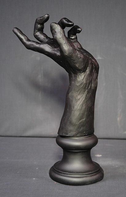Sculpture Sculpture - Hand by Gary Wind