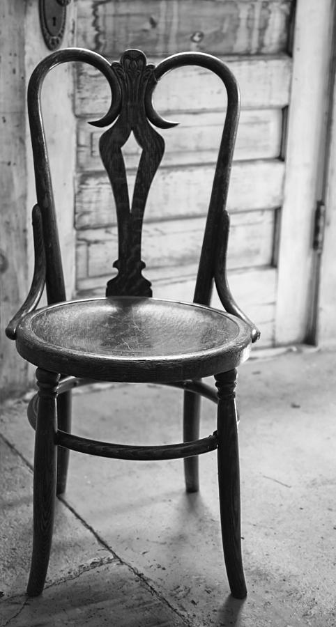 Nelsonville Photograph - Have A Seat With History by Thomas Young