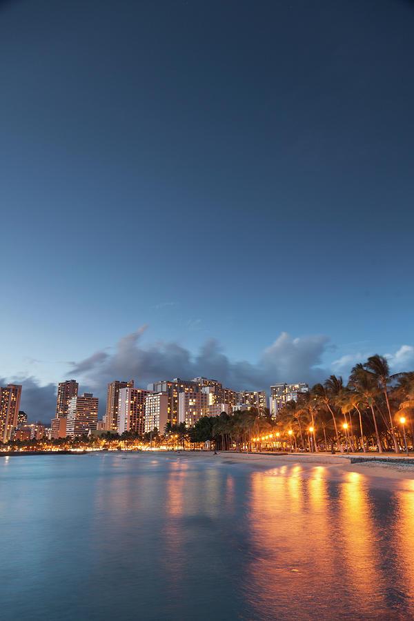 Hawaii, Oahu, Honolulu Photograph by Michele Falzone
