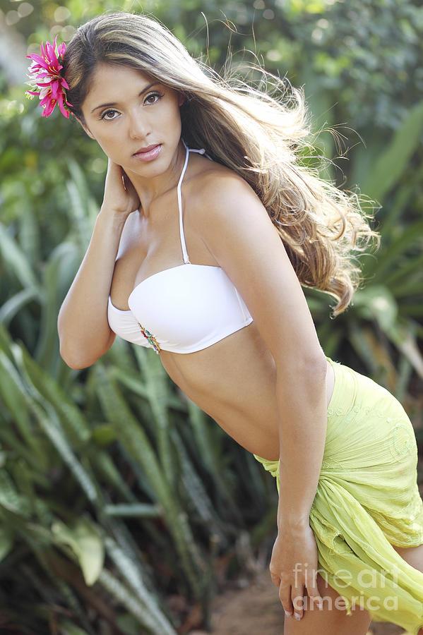 Attractive Photograph - Hawaiian Girl by Vince Cavataio