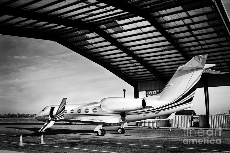 Hdr Black White Bw Airplane Jet Aircraft Photo Picture Photography
