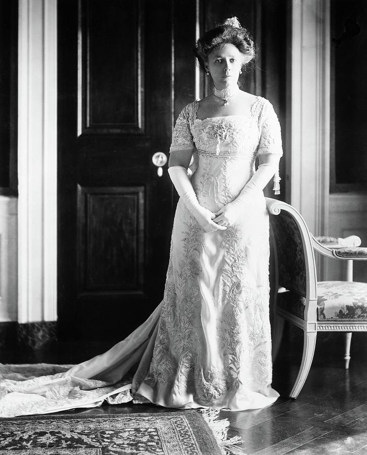 1909 Photograph - Helen H by Granger