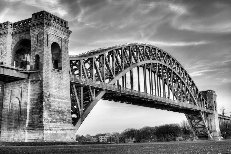 Manhattan Photograph - Hell Gate Bw by JC Findley