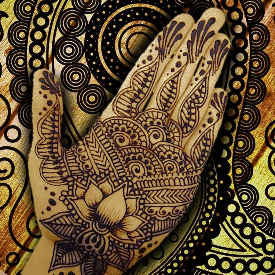 Henna Indian Beauty 1 Painting By Tony Rubino