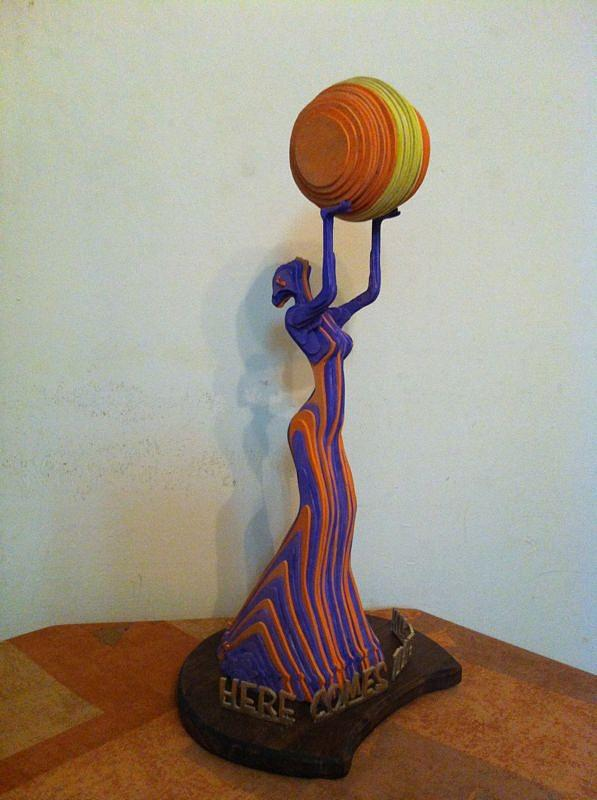 Layers Sculpturing Sculpture - Here Comes The Sun by Motti Inbar