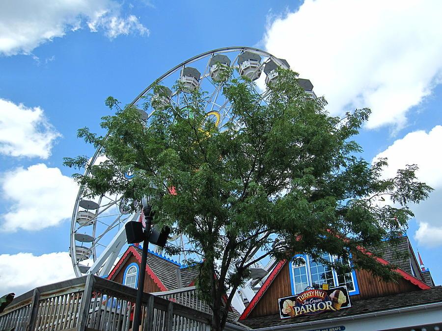 Hershey Photograph - Hershey Park - 121243 by DC Photographer