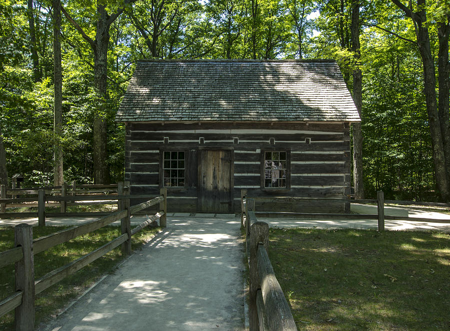 1845 Photograph - Hesler Log House #2 by Paul Cannon