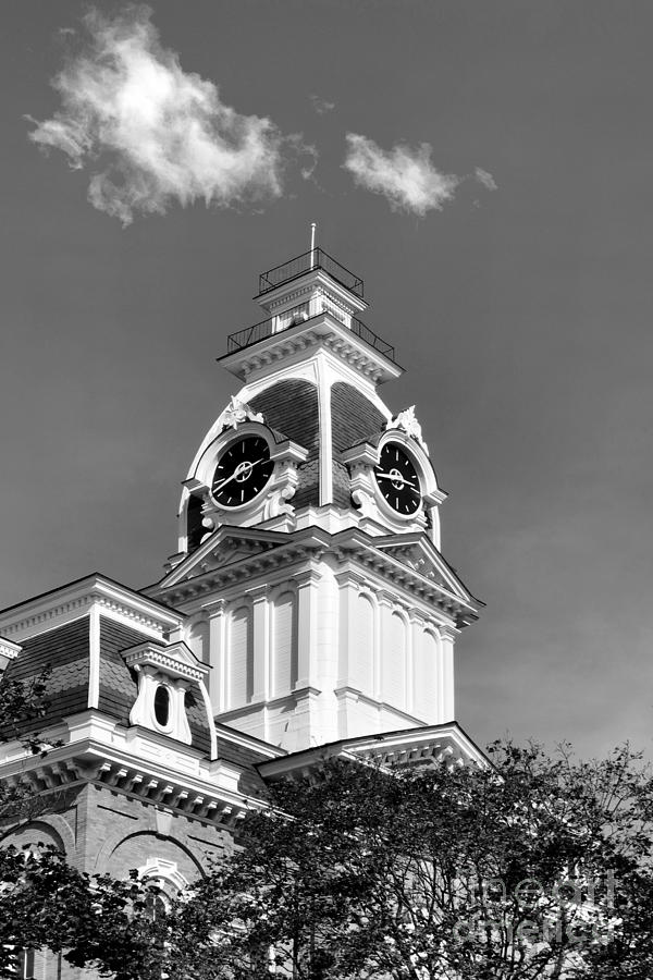 Chargers Photograph - Hillsdale College Central Hall Cupola by University Icons